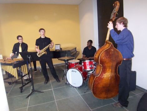 Teens from the School of the Arts play some jazz